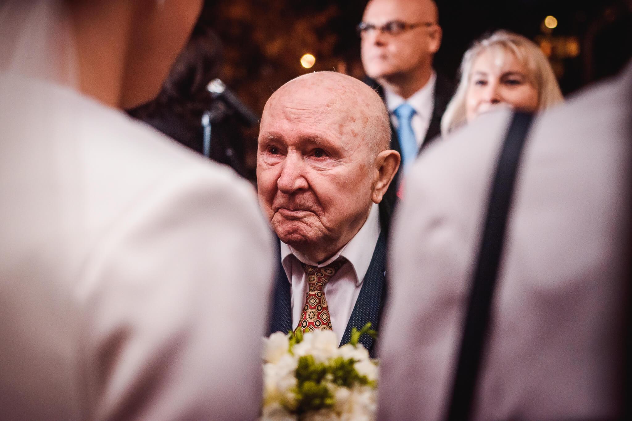 dwoje fotografów na ślubie duet strzelcy wyborowi